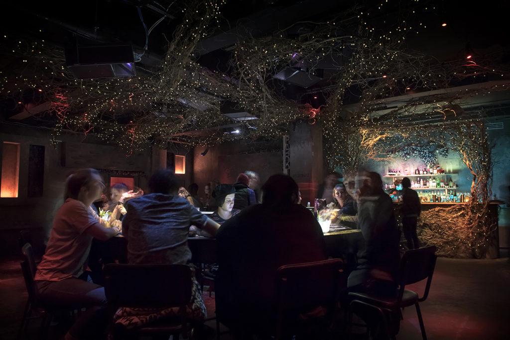 Un bar, un moyen optionnel pour améliorer la rentabilité